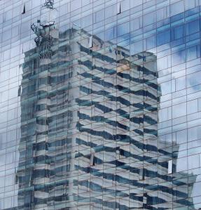 skyscraper-646326_640