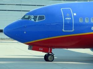 airplane-422280_640
